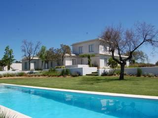 Сад в средиземноморском стиле от Alen y Calche S.L. Средиземноморский