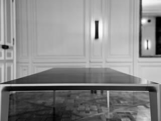 Shadow Table par Triode Industriel