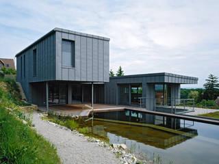 PONDSROSE Moderne Häuser von DREER2 Modern