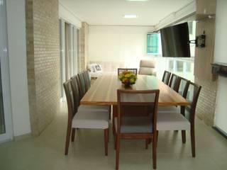 APARTAMENTO 240m² Varandas, alpendres e terraços modernos por Nanci Pedro Arquitetura Moderno