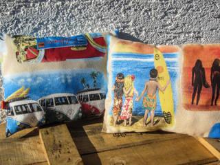 Dekokissen Surf:   von Auszeit Kreativ- und Näharbeiten
