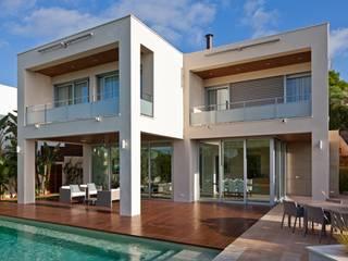 Can Roig Casas de estilo moderno de Rios-Casariego Arquitectos Moderno