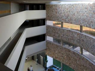 Hotel Aguas de Ibiza Hoteles de estilo moderno de Rios-Casariego Arquitectos Moderno