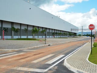 Commercial Spaces by Aurion Arquitetura e Consultoria Ltda, Industrial