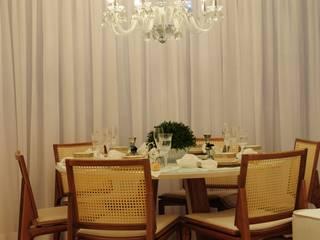 Classic style dining room by Guido Iluminação e Design Classic