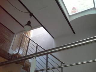 LOFT VERTICALE a MACERATA:  in stile  di serenella ottone studio