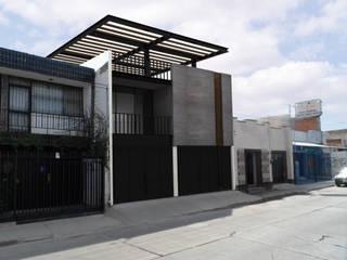 Mayo 5_1x2 Casas modernas de AD ARQUITECTOS Moderno
