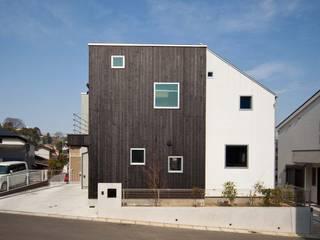 บ้านและที่อยู่อาศัย โดย ディンプル建築設計事務所, โมเดิร์น