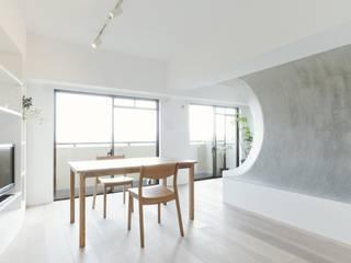 ディンプル建築設計事務所 Salon moderne Synthétique Blanc