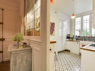 Classic style kitchen by blackStones Classic