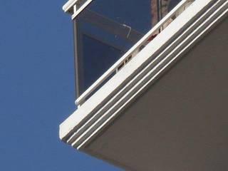 Edificio HCI - Rosario - Santa Fe - Argentina: Casas de estilo  por Evelin Wouters Arquitectura