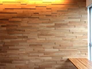 ディンプル建築設計事務所 ห้องนั่งเล่น ไม้จริง Wood effect