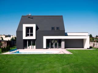 Modern houses by AAYE Architekci Modern