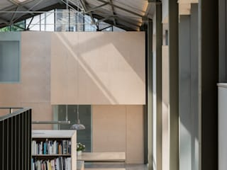 The Workshop Moderner Flur, Diele & Treppenhaus von Henning Stummel Architects Ltd Modern
