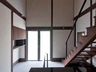 N邸 和風の 玄関&廊下&階段 の 一級建築士事務所マチデザイン 和風