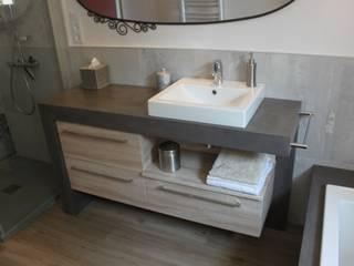 Meuble vasque béton ciré par ATLANTIC BAIN Moderne