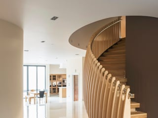 Princes Way Frost Architects Ltd Modern corridor, hallway & stairs