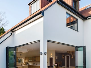 Princes Way:  Houses by Frost Architects Ltd