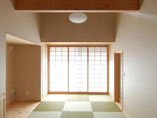 Phòng khách theo 今村建築一級建築士事務所, Châu Á