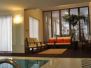 Modern pool by Biuro Projektów MTM Styl - domywstylu.pl Modern