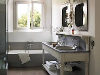 Modern bathroom by Melian Randolph Modern