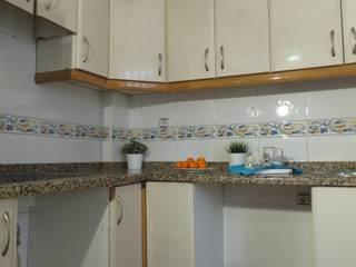 Una puesta a punto: Cocinas de estilo  de Tu Casa Home Staging