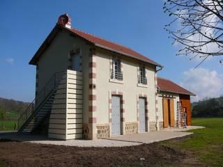 Transformation d'une ancienne gare en logements locatifs par Kauri Architecture