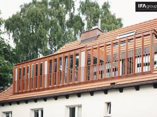 Przebudowa poddasza: styl , w kategorii Domy zaprojektowany przez IFA Kamil Domachowski