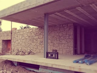 Varios: Casas modernas por AAC ARQUITECTOS