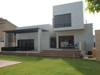 Vivienda Casas de estilo moderno de CASTELLO ARQUITECTURA Moderno