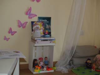 Nursery/kid's room by Tu Casa Home Staging,