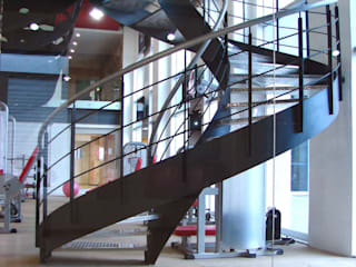 Gimnasios domésticos de estilo moderno de SANTIAGO PARDO ARQUITECTO Moderno