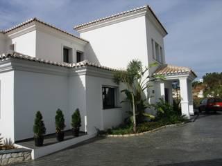 Casas de estilo  de UAArquitectos