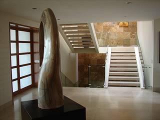 Casa Agave Pasillos, vestíbulos y escaleras modernos de AD ARQUITECTOS Moderno