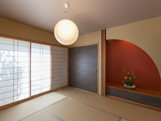 Media room by 株式会社 atelier waon, Modern