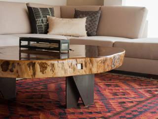 MADRE VETA Living roomSide tables & trays Wood Wood effect