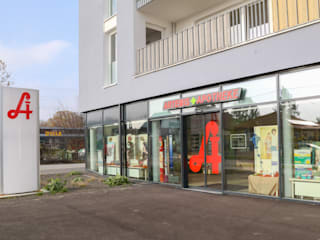 Artemis Apotheke Moderne Geschäftsräume & Stores von Studio Thörnblom Modern