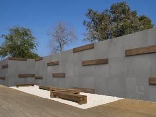 Płyty z betonu architekotnicznego: styl , w kategorii Ogród zaprojektowany przez Modern Line