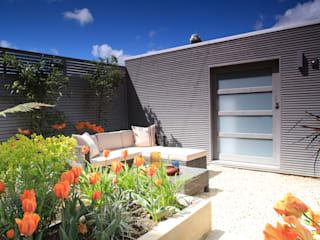 Garage/shed by Garden Affairs Ltd