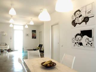 CASA OC: Sala da pranzo in stile in stile Eclettico di Laboratorio di Progettazione Claudio Criscione Design