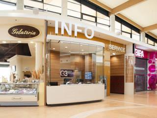 Info / Service Point G3 Moderne Einkaufscenter von Studio Thörnblom Modern