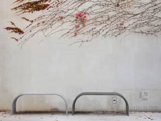 Meble ogrodowe i tarasowe z betonu architektonicznego Nowoczesny ogród od Modern Line Nowoczesny