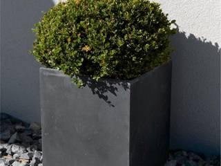 Nowoczesne nawierzchnie tarasowe - ogród i taras: styl , w kategorii Taras zaprojektowany przez Modern Line