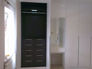 White Gloss Fitted Wardrobes with Contrasting Internals :   by Metro Wardrobes London