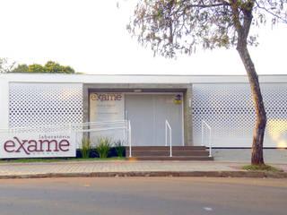 Klinik Modern Oleh Quattro+ Arquitetura Modern