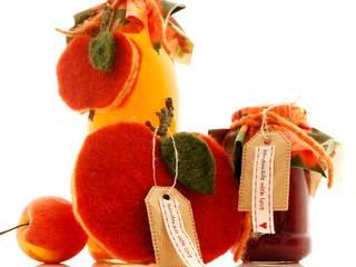 Filzäpfel - Handarbeit in eigener Herstellung.:   von Bastelspass24