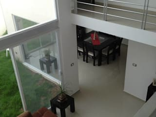 Balcones y terrazas modernos de SANTIAGO PARDO ARQUITECTO Moderno