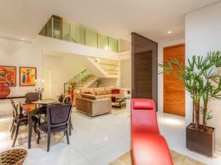 Гостиная в . Автор – JANAINA NAVES - Design & Arquitetura, Модерн