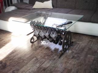 """Couchtisch """"Muscel Car"""" das Original von Klauck-Design!: industriell  von Klauck-Design,Industrial"""