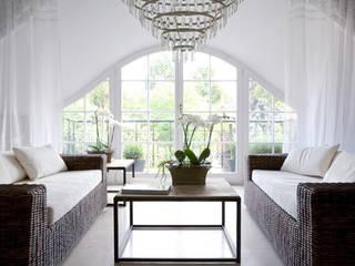 2kul INTERIOR DESIGN Classic style living room Rattan/Wicker White